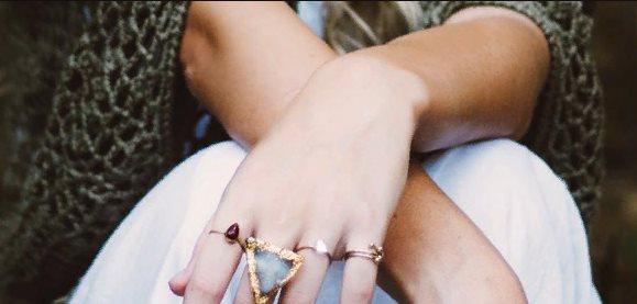 кольцо ювелирное украшение